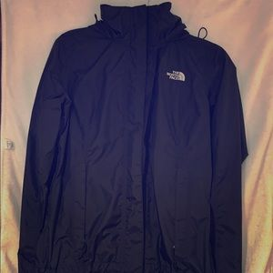 Women's North Face Resolve 2 Jacket in size small